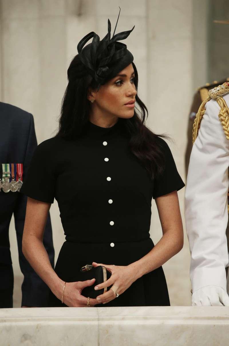 Meghan Markle trug das genau gleiche Kleid wie Harrys angebliche Ex  vor ein paar Monaten
