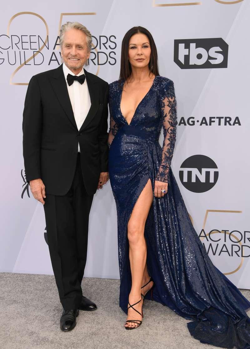 Catherine Zeta-Jones et Michael Douglas brillent de mille feux sur le tapis rouge du SAG Awards de 2019