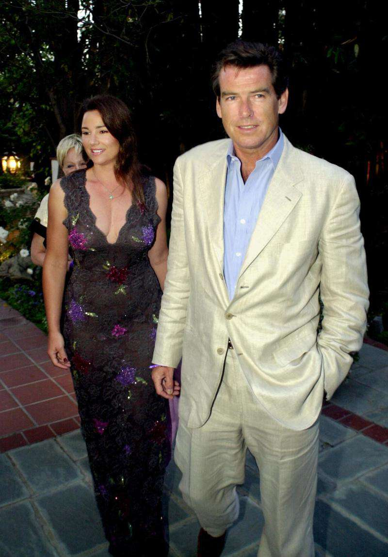 Pierce Brosnan's Wife Keely Shaye Has Gained Weight Since They First Met, But There's A Strong Reason Why He'll Always Love HerPierce Brosnan's Wife Keely Shaye Has Gained Weight Since They First Met, But There's A Strong Reason Why He'll Always Love HerPierce Brosnan's Wife Keely Shaye Has Gained Weight Since They First Met, But There's A Strong Reason Why He'll Always Love HerPierce Brosnan's Wife Keely Shaye Has Gained Weight Since They First Met, But There's A Strong Reason Why He'll Always Love Her