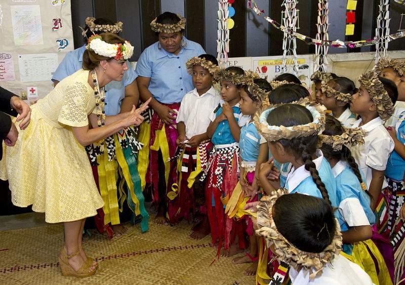 Rebelle royale : la duchesse Kate affirme son autorité en portant des chaussures qui déplaisent à la reine