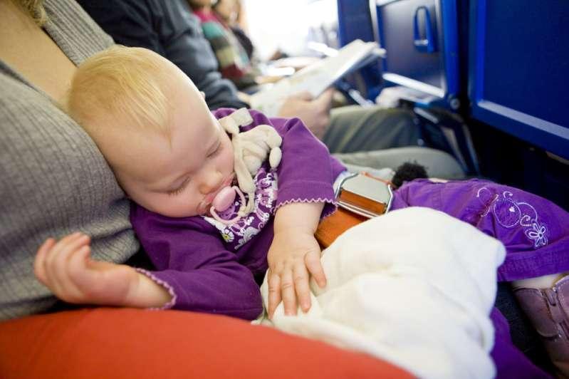 Что делать, если вас раздражают кричащие дети в самолетеЧто делать, если вас раздражают кричащие дети в самолетеЧто делать, если вас раздражают кричащие дети в самолетеЧто делать, если вас раздражают кричащие дети в самолетеЧто делать, если вас раздражают кричащие дети в самолете