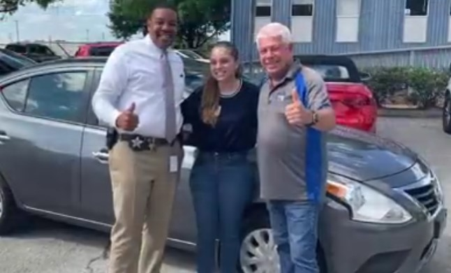 A Reward Truly Deserved: 20-Year-Old Girl Raising Her Siblings Receives Car Gift From Local Anonymous Helpers