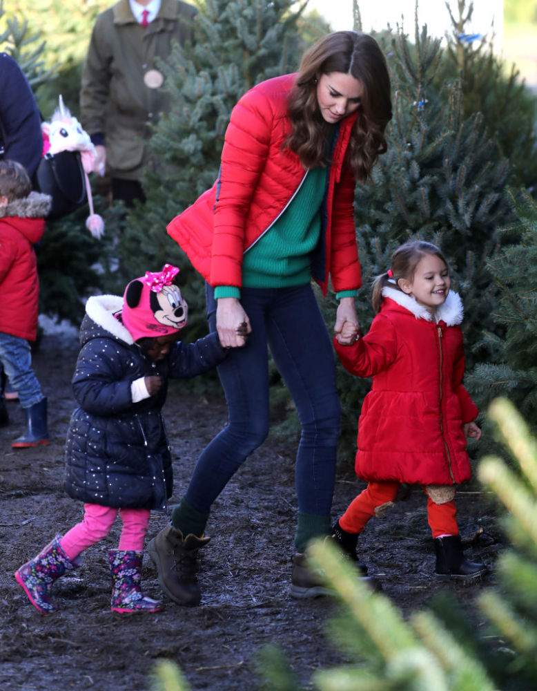 Kate Middleton Welcomes Christmas 2019 As She Sports A Festively Casual Bright Red Padded Jacket & Skinny Jeans In BackinghamshireKate Middleton Welcomes Christmas 2019 As She Sports A Festively Casual Bright Red Padded Jacket & Skinny Jeans In Backinghamshire