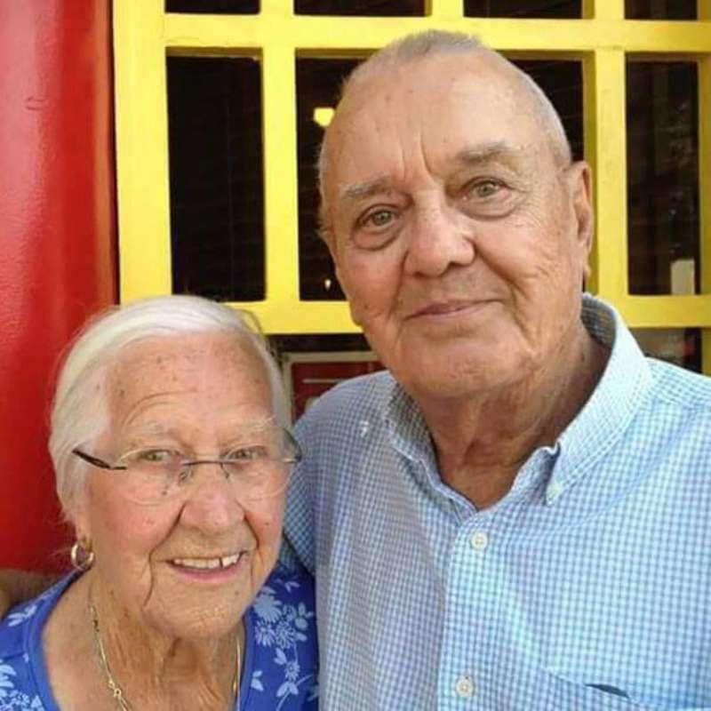Un amor para siempre: con 75 años de matrimonio, estos abuelos ...