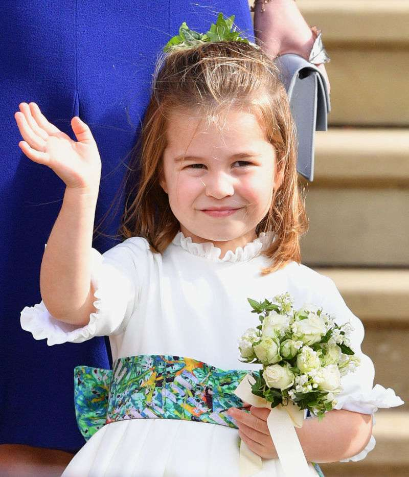 Diana Vs The Queen! Royal Fans Clashed On Whom Princess Charlotte Resembles The Most?Diana Vs The Queen! Royal Fans Clashed On Whom Princess Charlotte Resembles The Most?Diana Vs The Queen! Royal Fans Clashed On Whom Princess Charlotte Resembles The Most?