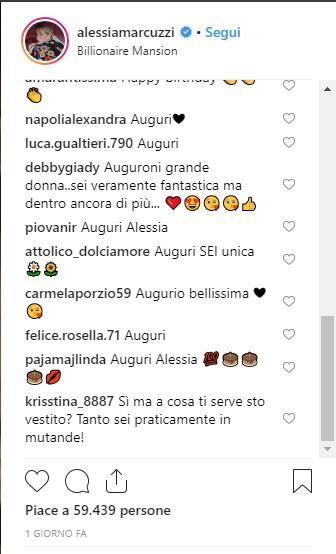 Alessia Marcuzzi festeggia gli anni: scoppia la polemica per il vestitino troppo corto e scollato!