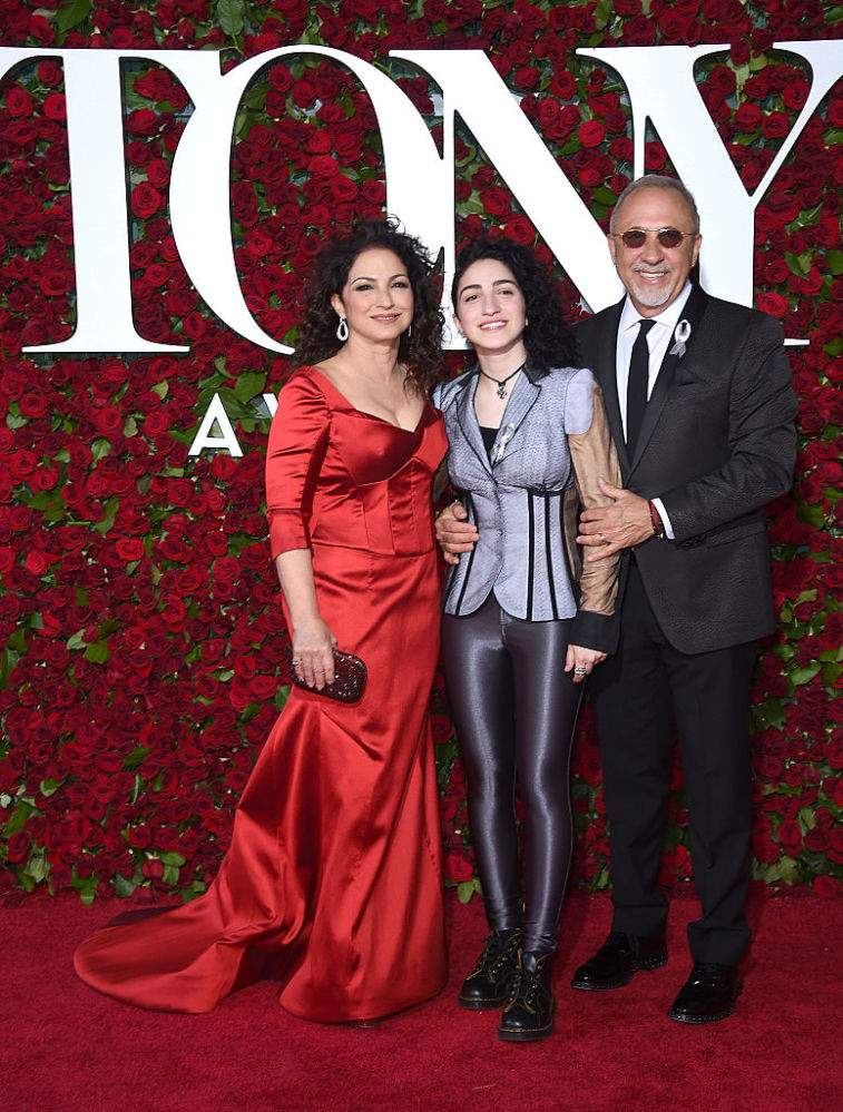 Gloria Estefan's Daughter Has Dedicated Herself To Art And Possesses A Mesmerizing TalentGloria Estefan's Daughter Has Dedicated Herself To Art And Possesses A Mesmerizing TalentGloria Estefan's Daughter Has Dedicated Herself To Art And Possesses A Mesmerizing TalentGloria Estefan's Daughter Has Dedicated Herself To Art And Possesses A Mesmerizing Talent