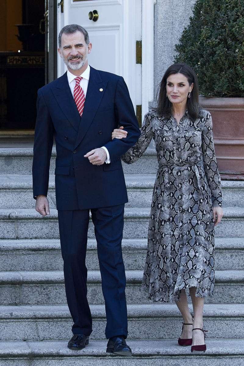 A Letizia no la quiere nadie: la reina calificó como la persona más despreciada de la realezaA Letizia no la quiere nadie: la reina calificó como la persona más despreciada de la realezaA Letizia no la quiere nadie: la reina calificó como la persona más despreciada de la realezaA Letizia no la quiere nadie: la reina calificó como la persona más despreciada de la realezaletizia