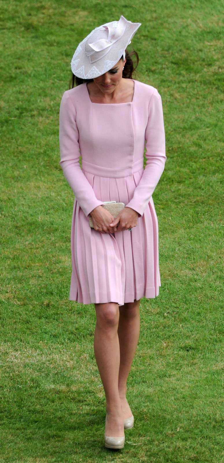 Le temps s'est figé : 3 tenues que Kate Middleton porte depuis 2012kate middleton pink dress