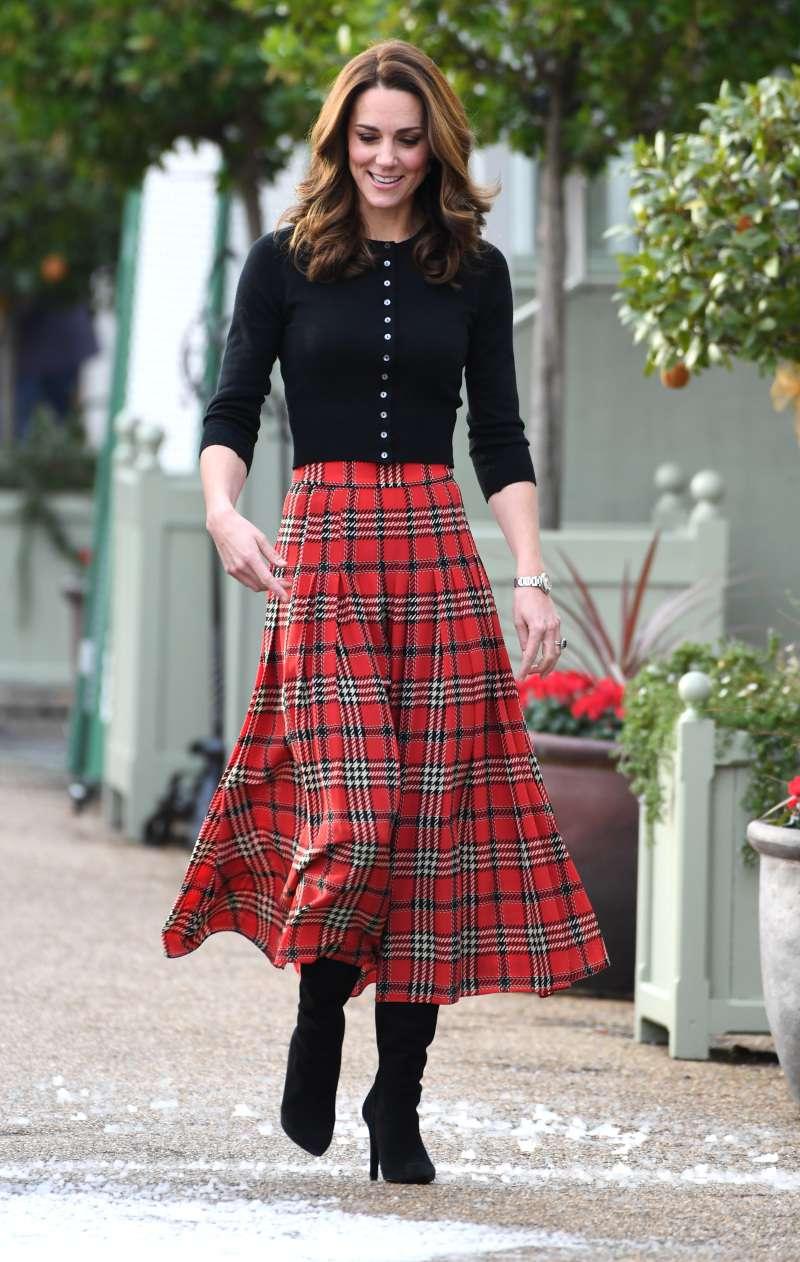 Fashion Territory: Does Melania Trump Borrow Kate And Meghan's Elegant Style? Expert Gives VerdictFashion Territory: Does Melania Trump Borrow Kate And Meghan's Elegant Style? Expert Gives Verdict