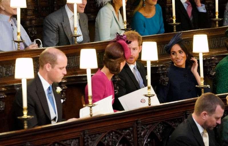 Herzogin Meghan wird beschuldigt, die Show bei Prinzessin Eugenies Hochzeit gestohlen zu haben, als sich herausstellte, dass die Schwangerschaftsnachrichten am selben Tag enthüllt wurden