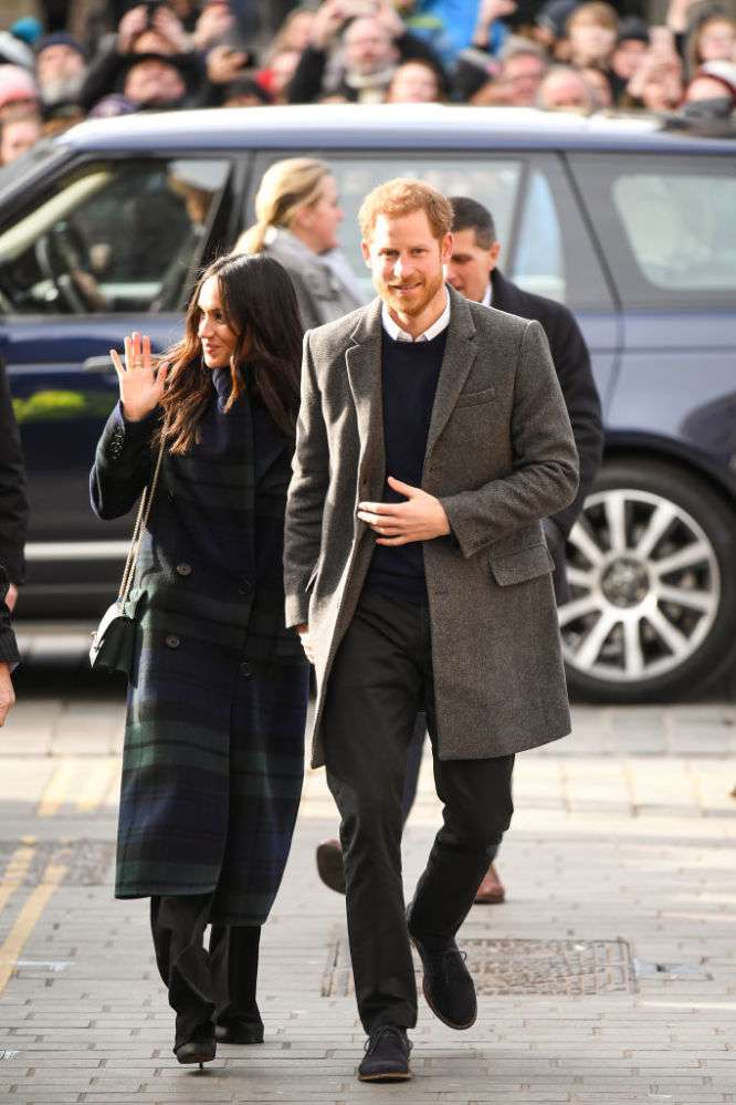 Copy Kate? Duchess Catherine Copied Meghan Markle's Style With Her Latest OutfitCopy Kate? Duchess Catherine Copied Meghan Markle's Style With Her Latest OutfitCopy Kate? Duchess Catherine Copied Meghan Markle's Style With Her Latest Outfit