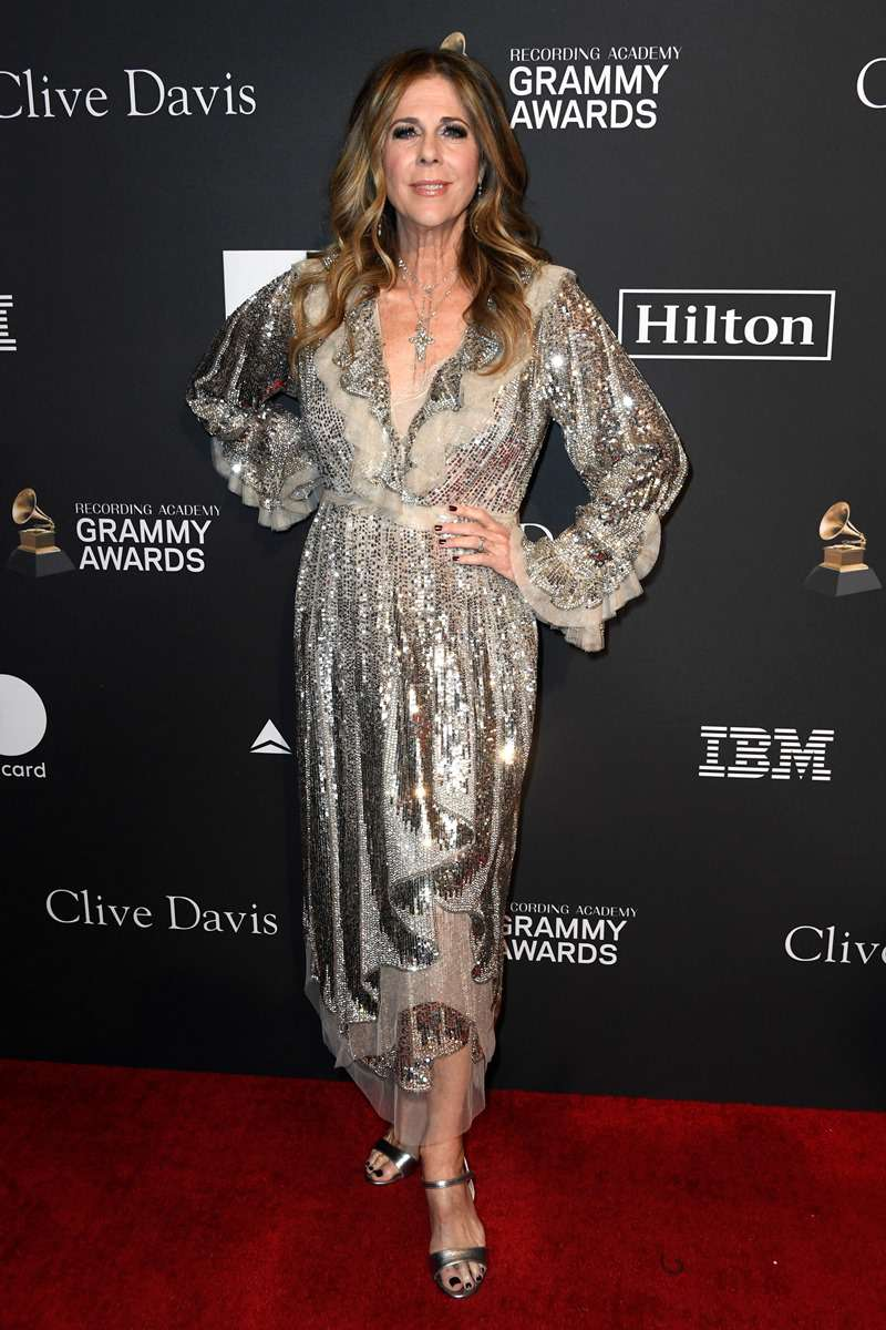 Rita Wilson Looks Incredibly Youthful Donning A Silver Sequin Dress At The Pre-Grammy GalaRita Wilson Looks Incredibly Youthful Donning A Silver Sequin Dress At The Pre-Grammy GalaRita Wilson Looks Incredibly Youthful Donning A Silver Sequin Dress At The Pre-Grammy GalaRita Wilson Looks Incredibly Youthful Donning A Silver Sequin Dress At The Pre-Grammy Gala