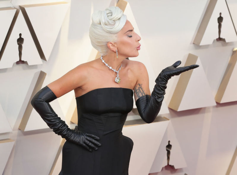 Lady Gaga Attends The Oscars Wearing A $30 Million Necklace Which Was Reportedly Worn By Audrey Hepburn