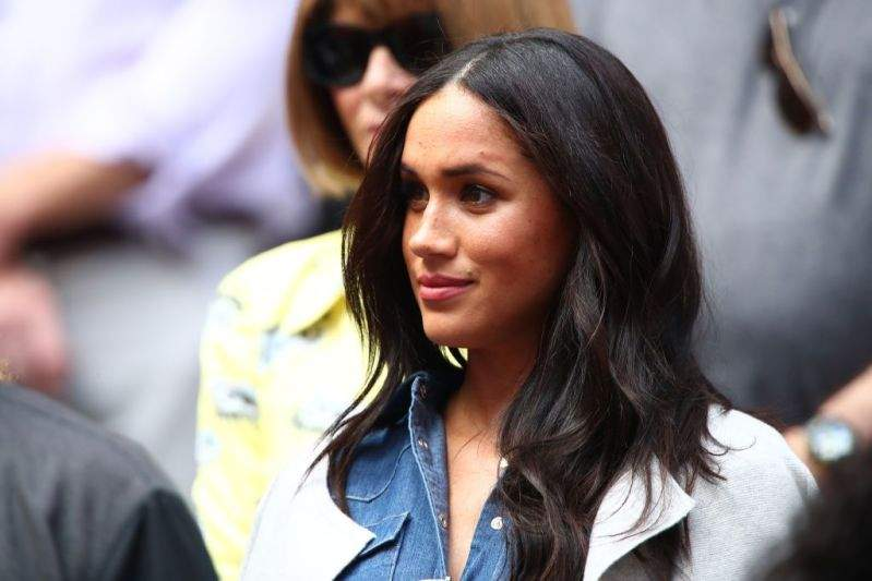 "Meghan Markle Branded A ""Half-Fake Actress Divorcee"" By Royal Commentator Who Claims Harry Should Be With A ""Naughty Blonde""Meghan Markle Branded A ""Half-Fake Actress Divorcee"" By Royal Commentator Who Claims Harry Should Be With A ""Naughty Blonde"""