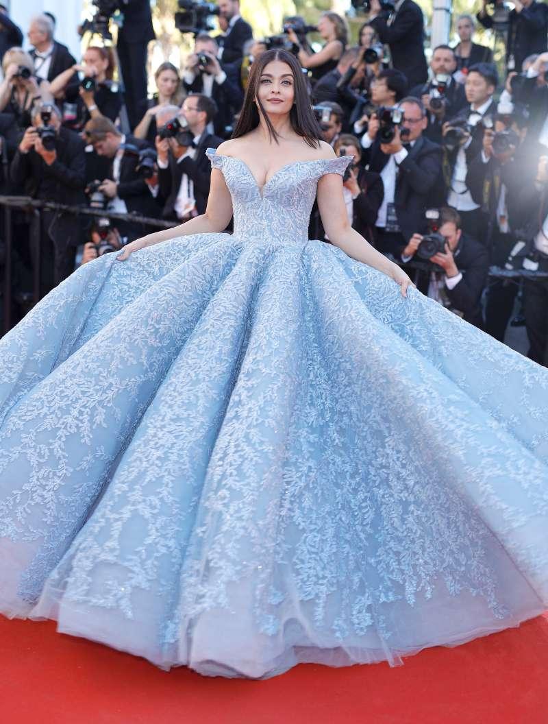 e002df10df3 Les plus belle robes au monde – Robes de soirée élégantes populaires ...