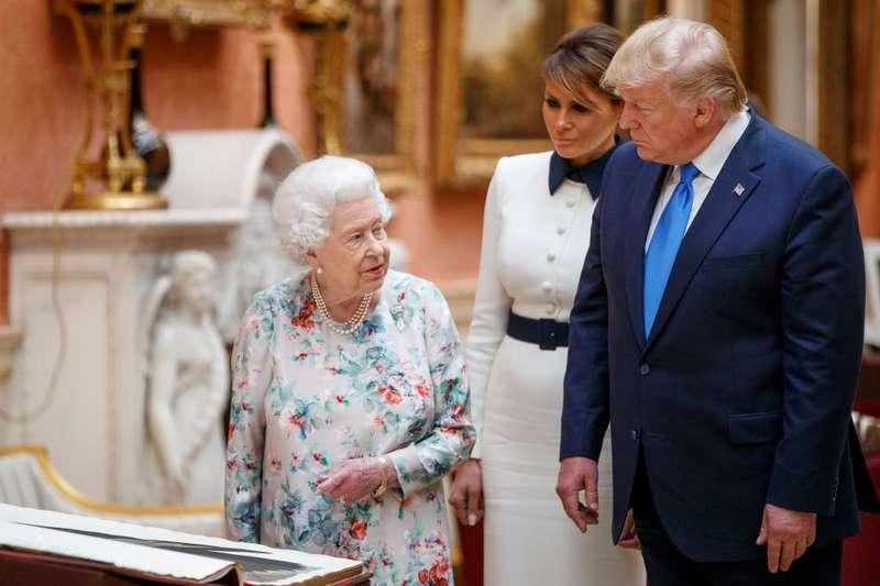 ¿Donald Trump y Lady Di? Al parecer el presidente hizo todo para convertirla en su esposa¿Donald Trump y Lady Di? Al parecer el presidente hizo todo para convertirla en su esposa¿Donald Trump y Lady Di? Al parecer el presidente hizo todo para convertirla en su esposa