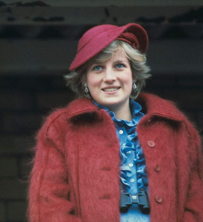 Diana humilló al príncipe Carlos en público después del divorcio, y fue con permiso de la reina, según expertoQueen Elizabeth II Once 'Allowed' Princess Diana To Humiliate Prince Charles After Their Nasty Split, According To A BiographyQueen Elizabeth II Once 'Allowed' Princess Diana To Humiliate Prince Charles After Their Nasty Split, According To A BiographyQueen Elizabeth II Once 'Allowed' Princess Diana To Humiliate Prince Charles After Their Nasty Split, According To A BiographyQueen Elizabeth II Once 'Allowed' Princess Diana To Humiliate Prince Charles After Their Nasty Split, According To A BiographyQueen Elizabeth II Once 'Allowed' Princess Diana To Humiliate Prince Charles After Their Nasty Split, According To A Biography