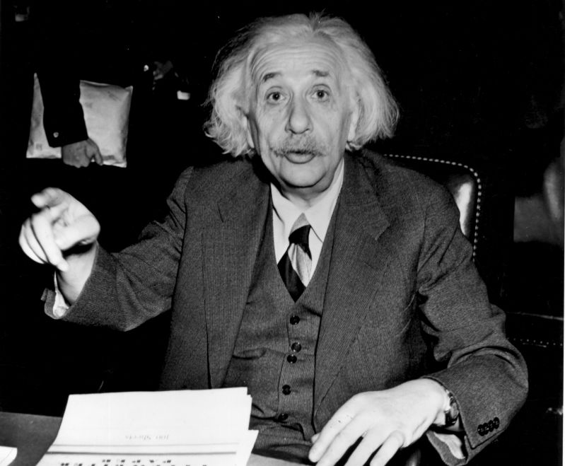10 Best Quotes Of The Greatest Mind Of All Time: Albert Einstein10 Best Quotes Of The Greatest Mind Of All Time: Albert EinsteinAlbert Einstein in his late years still working