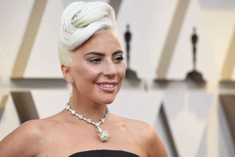 Lady Gaga Attends The Oscars Wearing A $30 Million Necklace Which Was Reportedly Worn By Audrey Hepburn oscars 2019