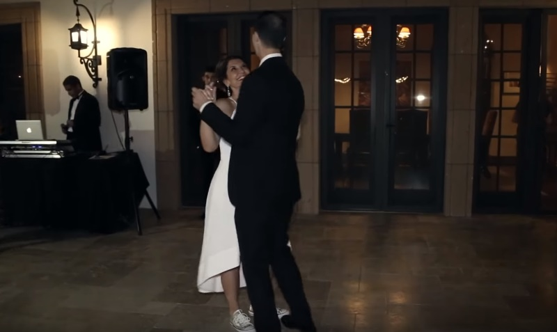 Mom Is A Bride! Woman Breaks Into A Synchronized Dance Together With 3 Grown Up Sons At Her Own Wedding