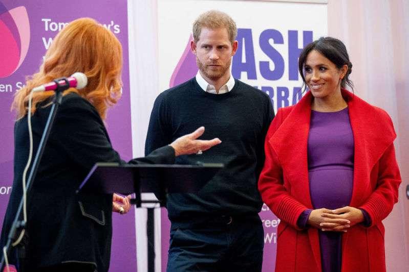 Experten glauben, dass das Baby von Meghan Markle vorzeitig geboren werden könnteduchess meghan first official visit as royal patron