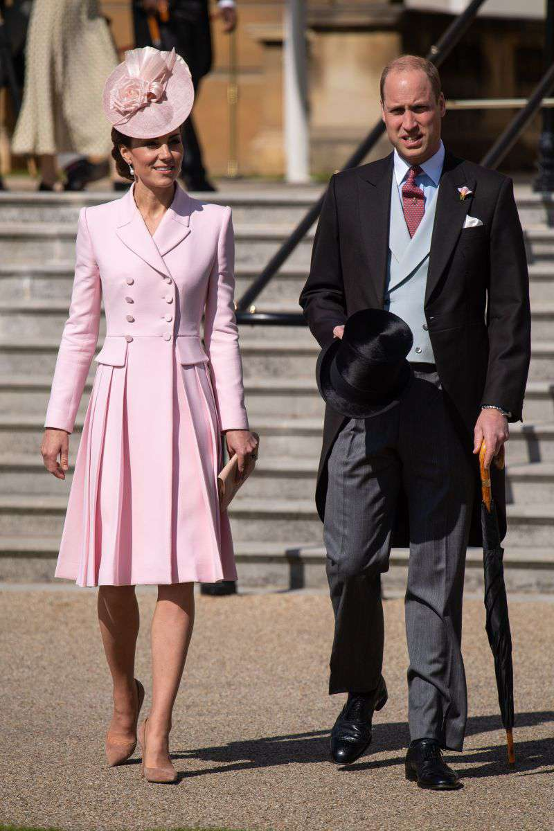 Kate Middleton Joins The Queen In A Radiant Pink Alexander McQueen Coat Dress At The Buckingham PalaceKate Middleton Joins The Queen In A Radiant Pink Alexander McQueen Coat Dress At The Buckingham Palace