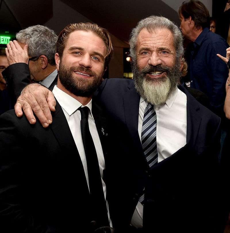Un charme fou ! Louie, le fils de Mel Gibson, a hérité de ses séduisants traits et leur ressemblance est frappante