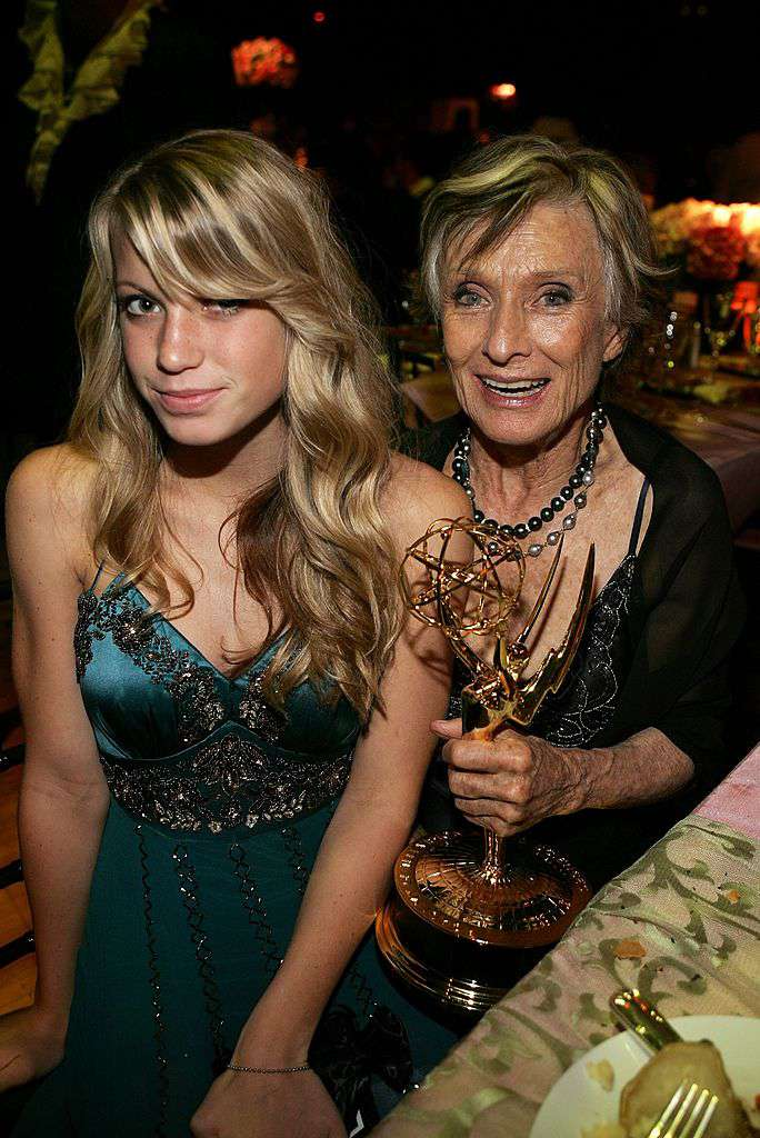 Cloris Leachman's Granddaughter Anabel Is The Spitting Image Of Her Famous Grandmother, But She Didn't Just Inherit Her BeautyCloris Leachman's Granddaughter Anabel Is The Spitting Image Of Her Famous Grandmother, But She Didn't Just Inherit Her BeautyCloris Leachman's Granddaughter Anabel Is The Spitting Image Of Her Famous Grandmother, But She Didn't Just Inherit Her BeautyCloris Leachman's Granddaughter Anabel Is The Spitting Image Of Her Famous Grandmother, But She Didn't Just Inherit Her BeautyCloris Leachman's Granddaughter Anabel Is The Spitting Image Of Her Famous Grandmother, But She Didn't Just Inherit Her BeautyCloris Leachman's Granddaughter Anabel Is The Spitting Image Of Her Famous Grandmother, But She Didn't Just Inherit Her Beauty