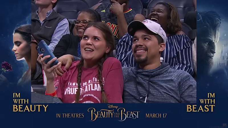 Boyfriend Rejected Her On The Kiss Cam, But The Girl Decided To Kiss Anyway