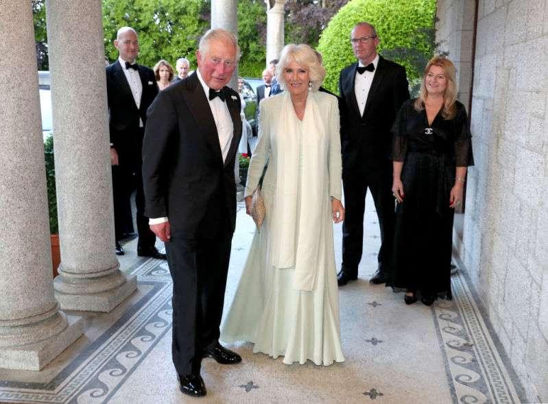 Según expertos de la realeza, el príncipe Carlos sería mucho mejor monarca que su hijo William