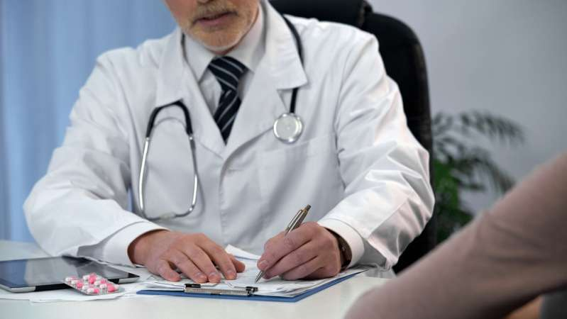 male gynecologist; gynecology; women's health