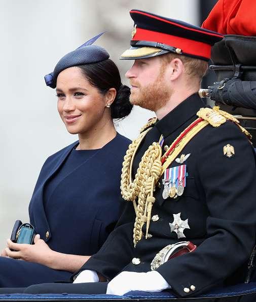 """הכבוד המלכותי הבכיר המכונה Megan Markle """"אשת תואר"""" וטוען כי נישואיו לא תימשך זמן רב"""