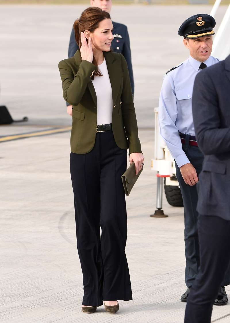 Le top 10 des looks les plus élégants de Kate Middleton en 2018kate middleton olive jacket