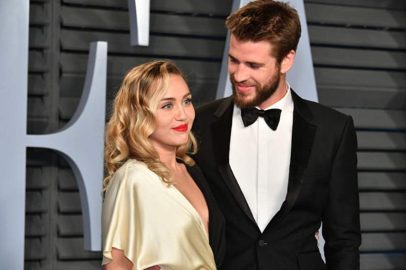 Miley Cyrus Ruthlessly Mocks Her Quickie Divorce With Liam Hemsworth On Social MediaMiley Cyrus Ruthlessly Mocks Her Quickie Divorce With Liam Hemsworth On Social MediaMiley Cyrus Ruthlessly Mocks Her Quickie Divorce With Liam Hemsworth On Social MediaMiley Cyrus Ruthlessly Mocks Her Quickie Divorce With Liam Hemsworth On Social Media
