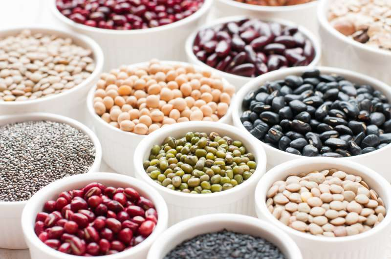 7 cibi che dovreste eliminare dalla dieta se siete over 50Collection of beans and lentils