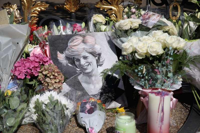 Le médecin légiste qui a examiné le corps de la princesse Diana s'exprime sur la rumeur de sa grossesse