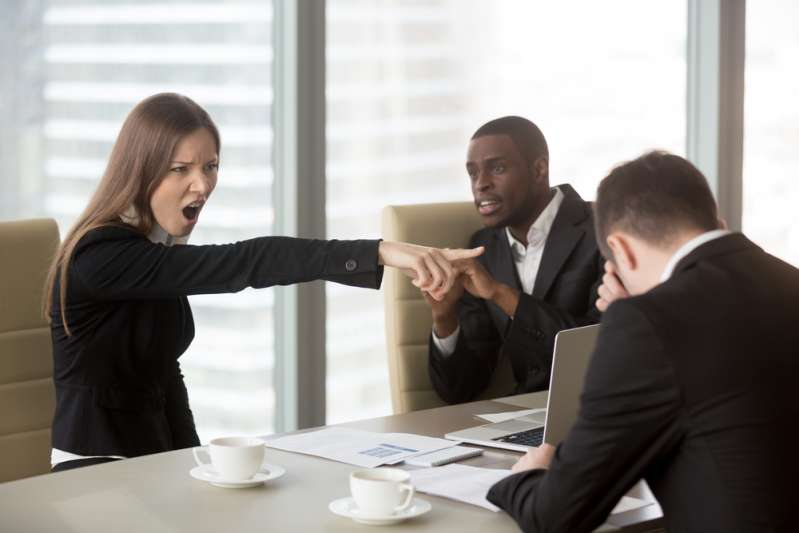 Epic Comebacks: The Best Responses For Those Instances When Someone Is Rude To YouEpic Comebacks: The Best Responses For Those Instances When Someone Is Rude To YouWoman Yelling In An Office Setting