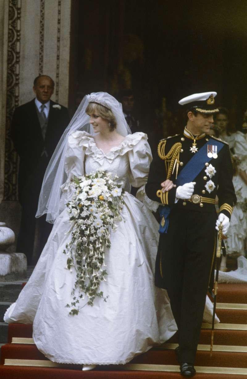 H&M annonce la sortie de la réplique, à prix abordable, de la robe de mariée Kate Middleton