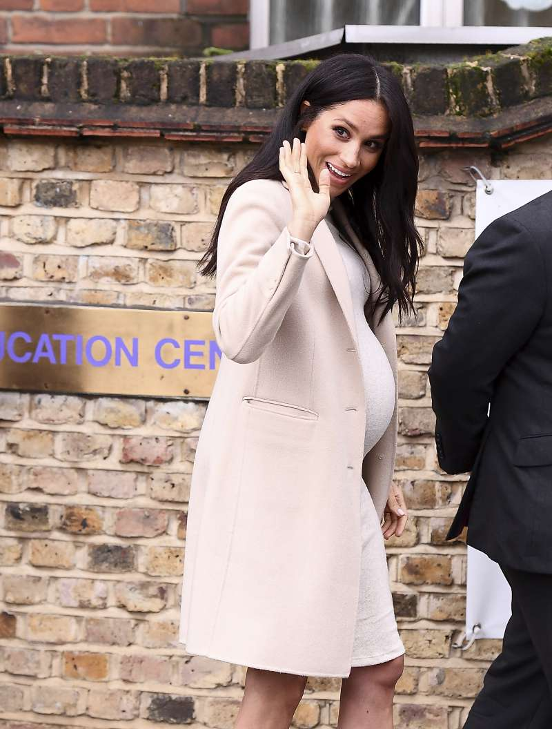3 Times Meghan Markle Has Appeared In Ultra-Fashionable Coat Dresses