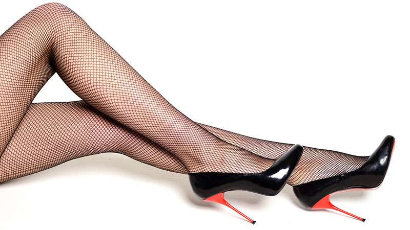 Les experts fashion conseillent de se débarrasser de ses vêtements au style démodéwsdfg