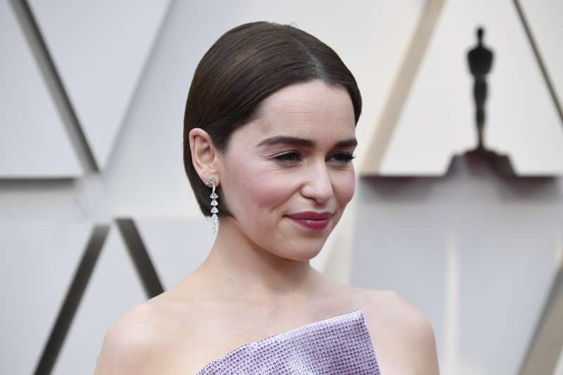 New Trend! Haircut That Has Instantly Become Famous Among Female Celebrities!emilia clarke