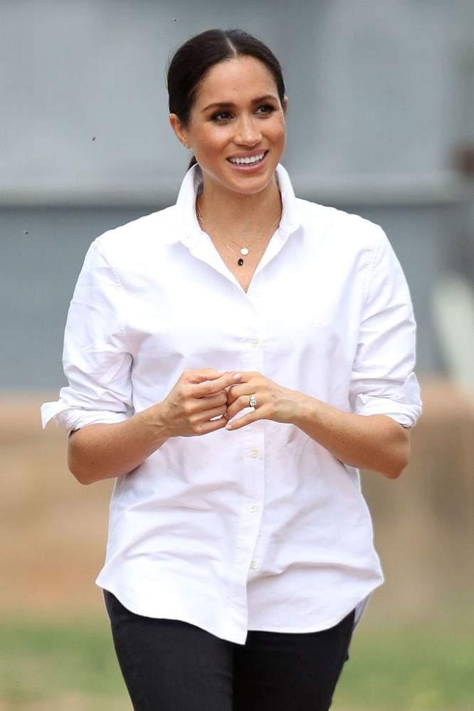 La Reina le prohibiría a Meghan sus jeans rasgados y sus cuñas en su visita a Balmoral, dice informe