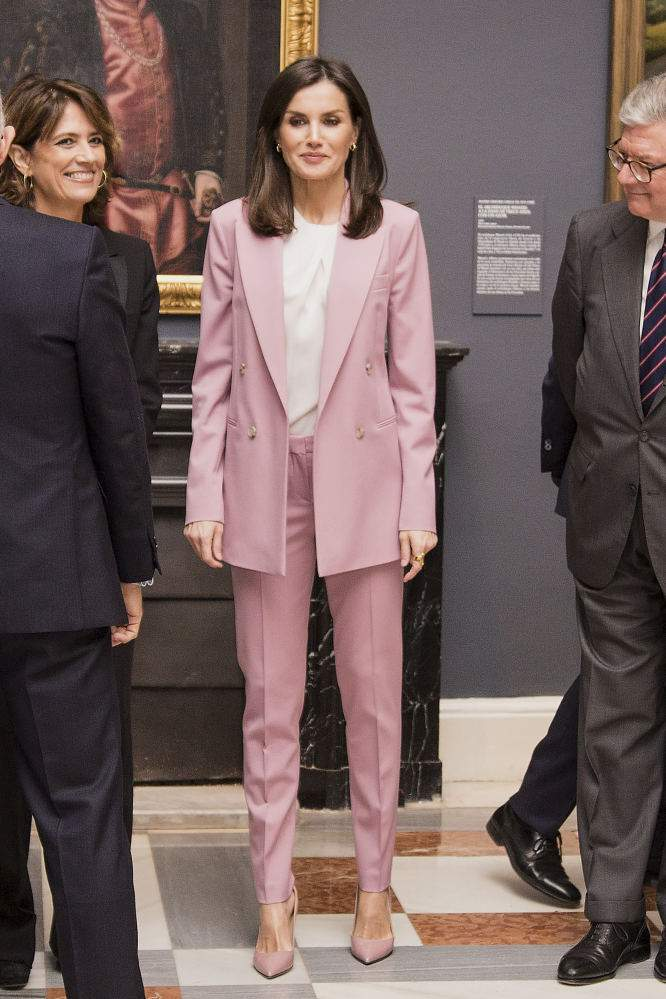 Dress To Impress: Queen Letizia Showcases Her Svelte Figure In A Hugo Boss Pale Pink SuitDress To Impress: Queen Letizia Showcases Her Svelte Figure In A Hugo Boss Pale Pink SuitDress To Impress: Queen Letizia Showcases Her Svelte Figure In A Hugo Boss Pale Pink SuitDress To Impress: Queen Letizia Showcases Her Svelte Figure In A Hugo Boss Pale Pink Suit