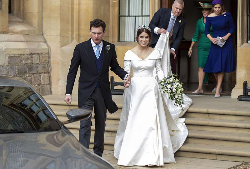 Princess Eugenie's Throwback Photo As A Kid In A Wedding Dress Almost Predicted Her Bridal LookPrincess Eugenie's Throwback Photo As A Kid In A Wedding Dress Almost Predicted Her Bridal LookPrincess Eugenie's Throwback Photo As A Kid In A Wedding Dress Almost Predicted Her Bridal Look