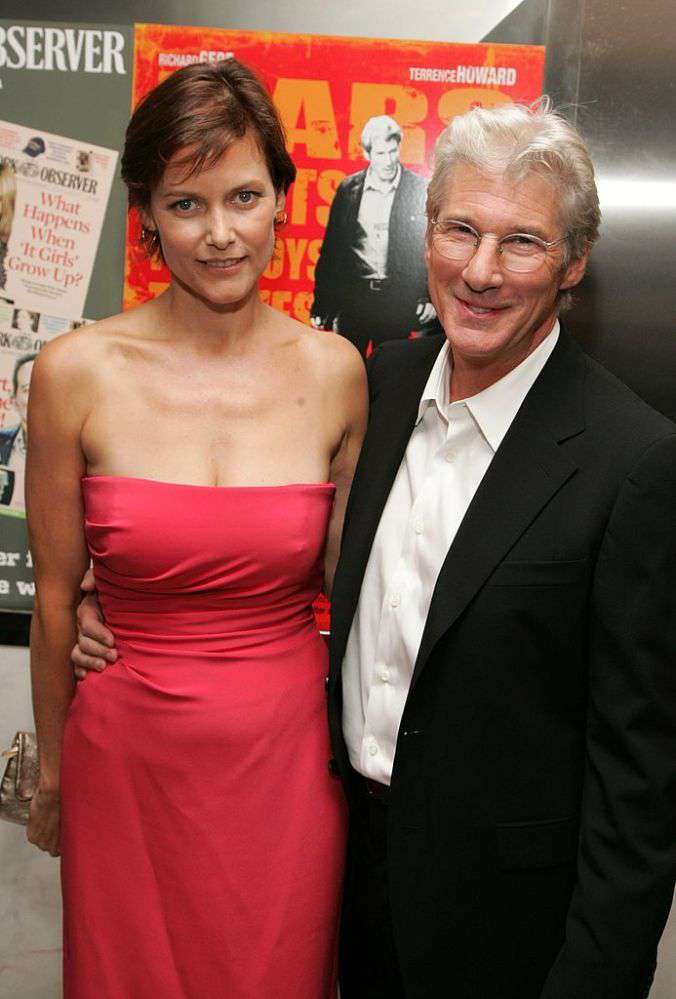 Who is carey lowell