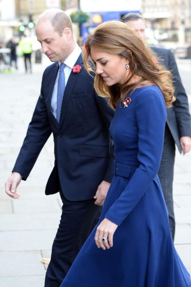 Kate Middleton rend un subtil hommage à la princesse Diana en portant les boucles d'oreilles en diamants de la défunte Lady Di