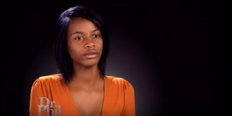 Schwarze Teenagerin