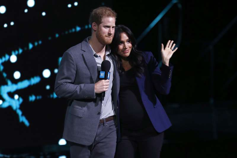 Once Again, Meghan And Harry Have Exhibited An Intimate PDA Session During Meghan's Surprise Appearance At We Day UKOnce Again, Meghan And Harry Have Exhibited An Intimate PDA Session During Meghan's Surprise Appearance At We Day UKOnce Again, Meghan And Harry Have Exhibited An Intimate PDA Session During Meghan's Surprise Appearance At We Day UKOnce Again, Meghan And Harry Have Exhibited An Intimate PDA Session During Meghan's Surprise Appearance At We Day UK