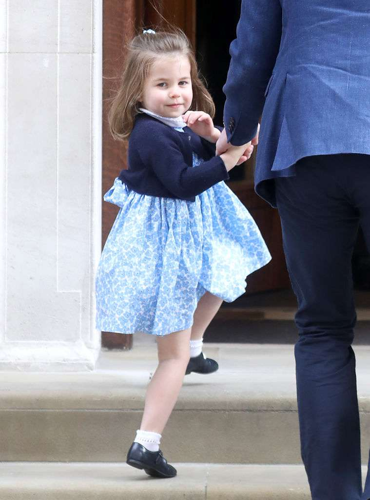 El verdadero compromiso de Kate con Charlotte, y por qué la niña viste de azul con tanta frecuencia